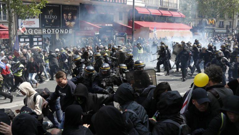 1 Mai tensionat la Paris și în alte orașe din Franța
