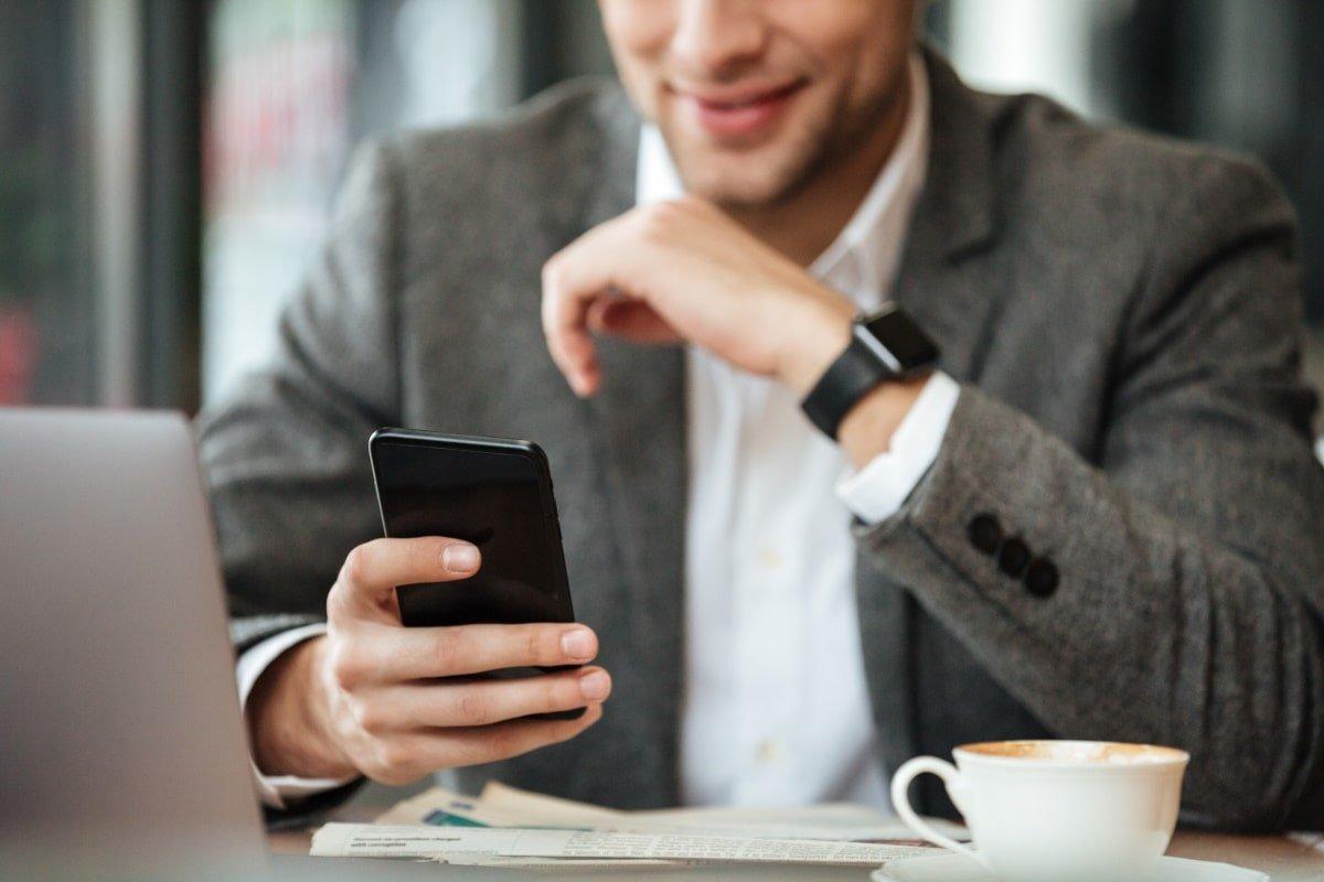 5_accesorii_telefoane_gadgeturi
